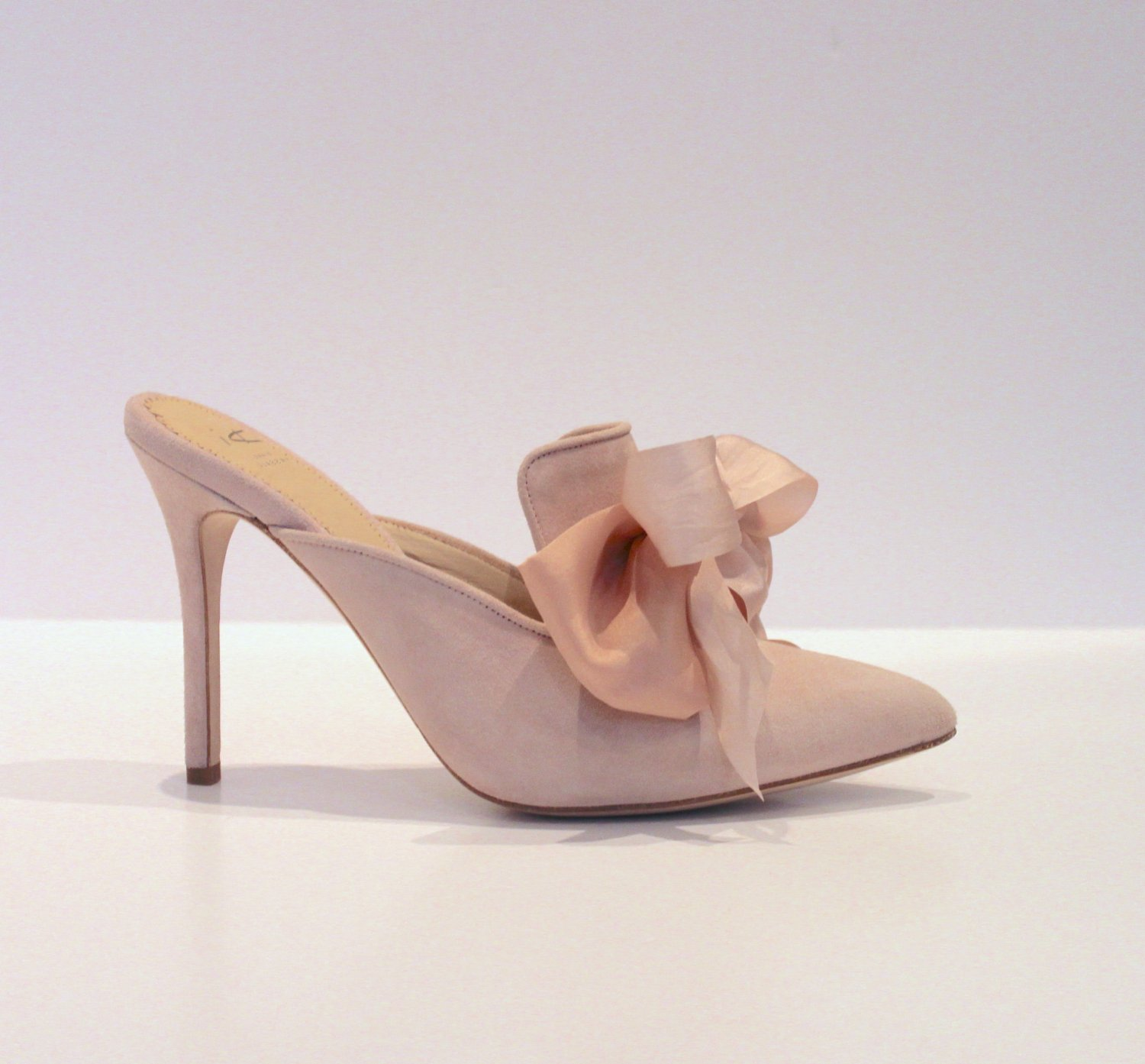 Blush suede mule with large bows